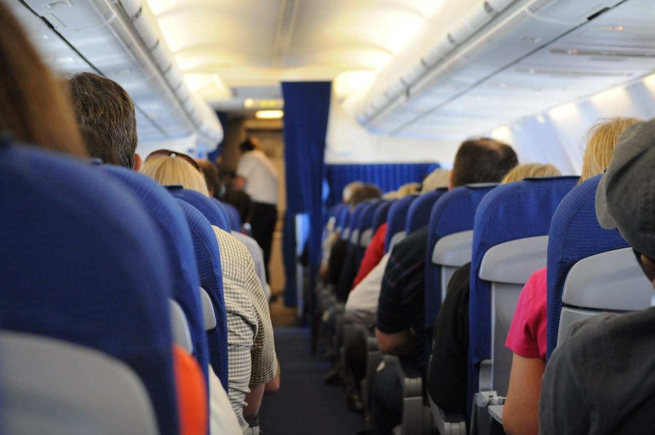 reduce flight expenses